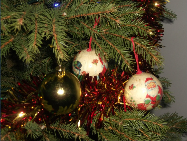 boules de Noël ds sapin
