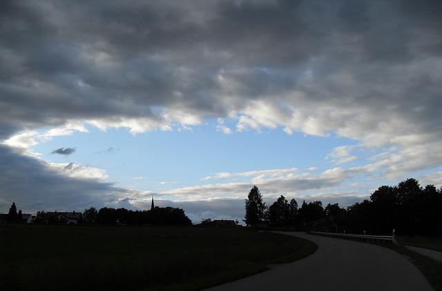 ciel qui s'éclaircit